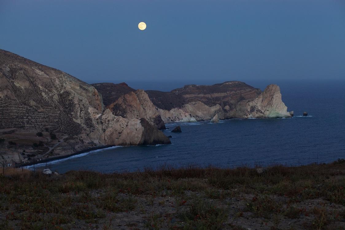 Santorini - full moon