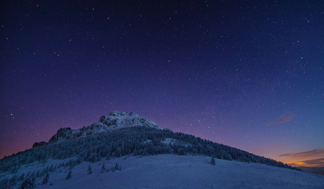 Rozsutec under stars